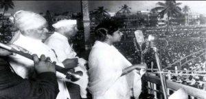 """""""ऐ मेरे वतन के लोगो, ज़रा आंख में भर लो पानी""""… गणतंत्र दिवस के अवसर पर देश के शहीदों को शत् शत् नमन"""
