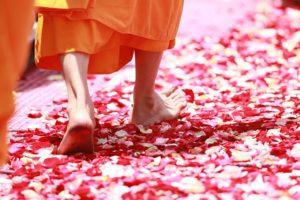 Way to Spirituality: अध्यात्म को उम्र की  किस अवस्था में अपनाना चाहिए !  जानिए