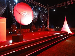 Staging In The UAE