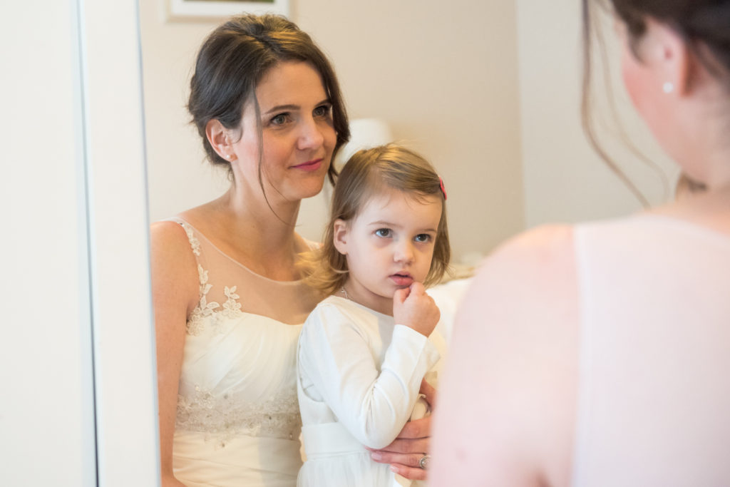 bride and daughter