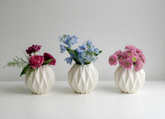 Spring Wedding Accent Flowers, Bud vase trio in cool tone palette, North London florist Garland