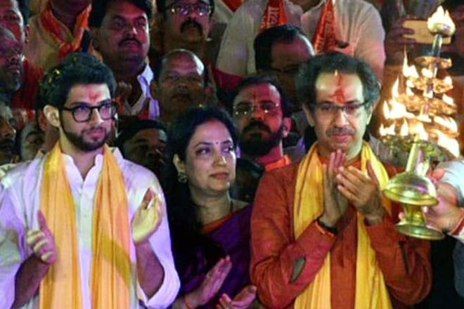 उद्धव सरकार के 100 दिन पूरे होने पर अयोध्या जाएंगे ठाकरे, शिवसेना का राहुल गांधी को भी न्योता