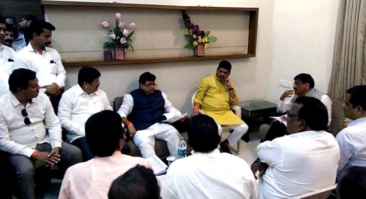 महाराष्ट्र के शिक्षा मंत्री की डिग्री पर विवाद, जहां से पढ़े उस यूनिवर्सिटी को मान्यता ही नहीं!