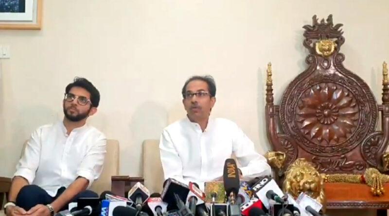 महाराष्ट्र के CM उद्धव ठाकरे ने जेएनयू हिंसा की तुलना 26/11 मुबंई हमले से की, कहा- कायर मुंह छिपाकर वार करते हैं...