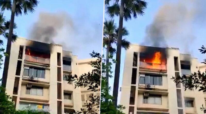 शाहरुख के घर के सामने लगी आग