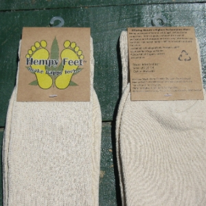 front-and-back-lables-socks