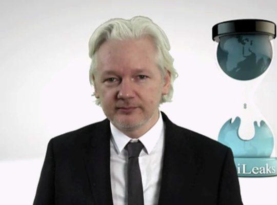 Julian Assange Arrest Warrant Ruled Valid By Judge