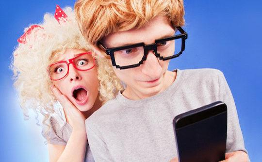 Possessive partners Who Monitor Mobiles
