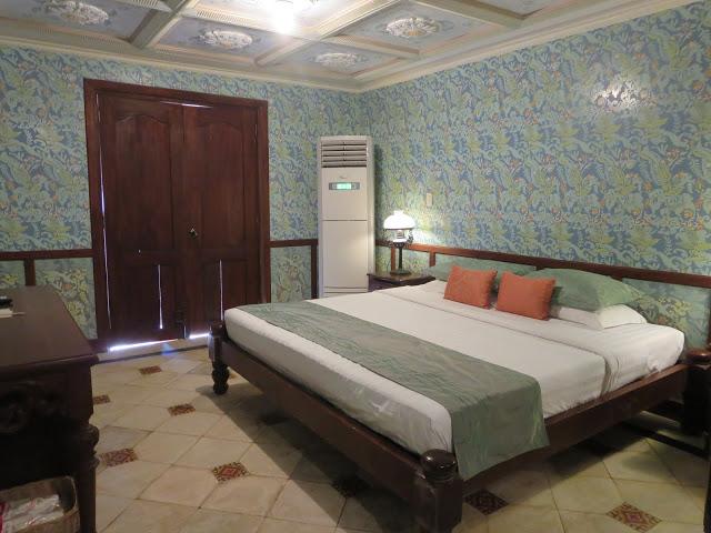hotel rooms at las casas bataan