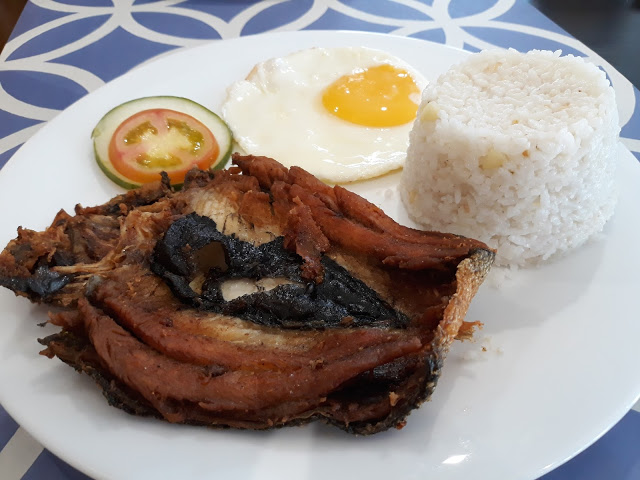 fried bangus for breakfast