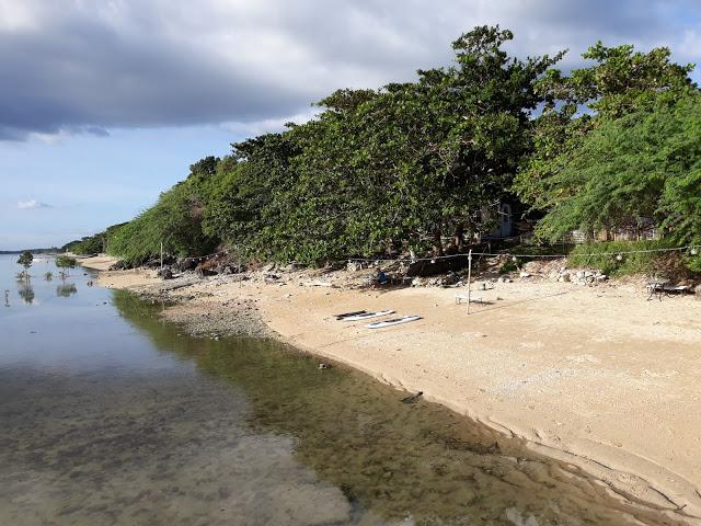 casa antonio beach front calatagan