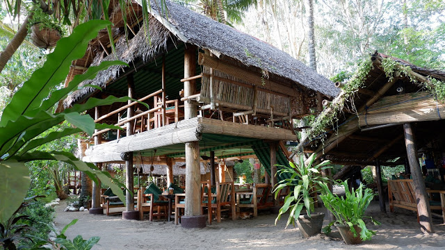 dining driftwood village resort sipalay
