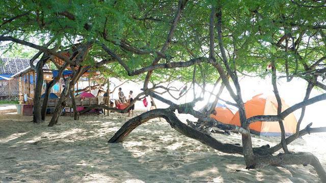 beach camp calatagan