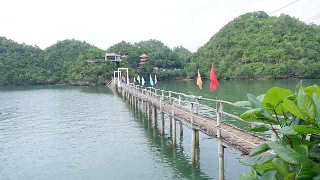 tinagong dagat sipalay attraction