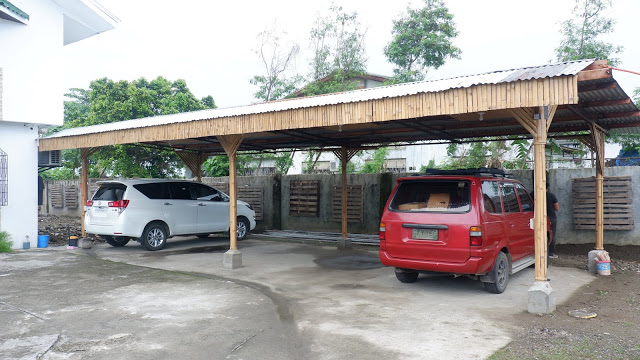 parking lot of his hostel