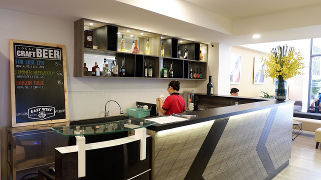 avanti boutique hotel bar