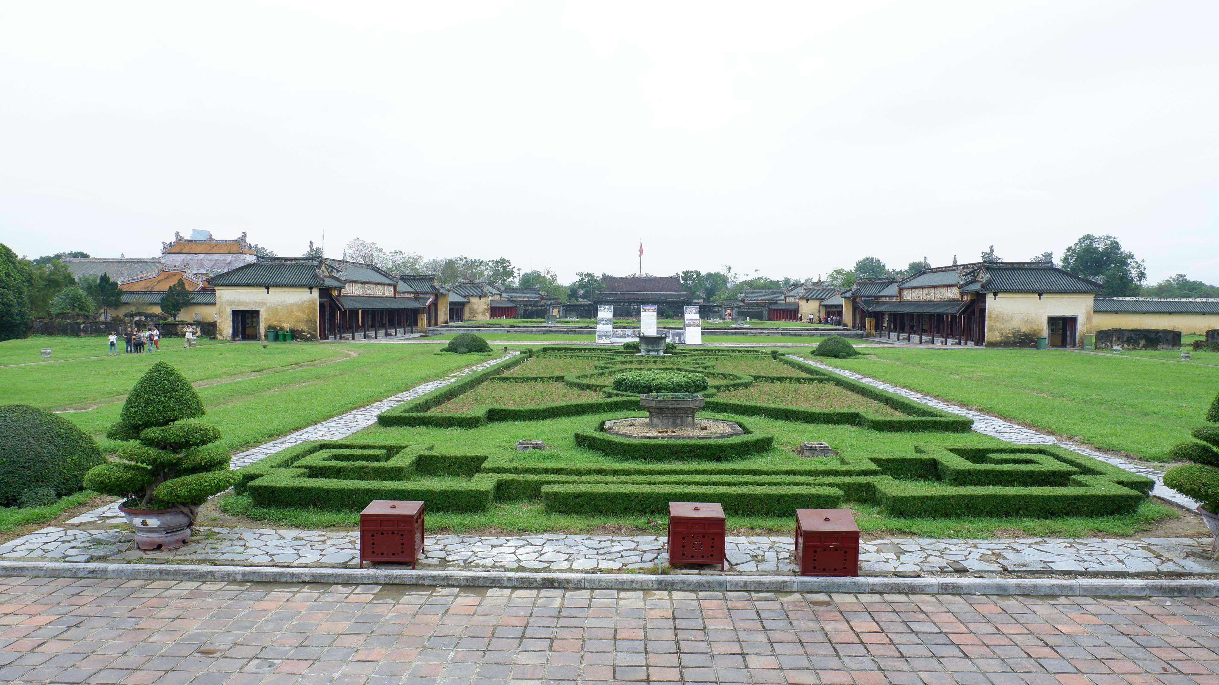 imperial-city-hue-vietnam (6)