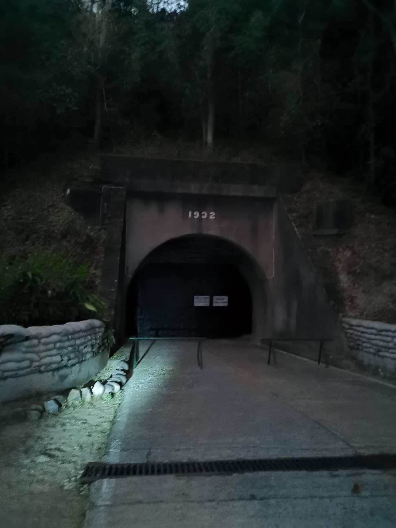night-lateral-malinta-tunnel-corregidor (1)