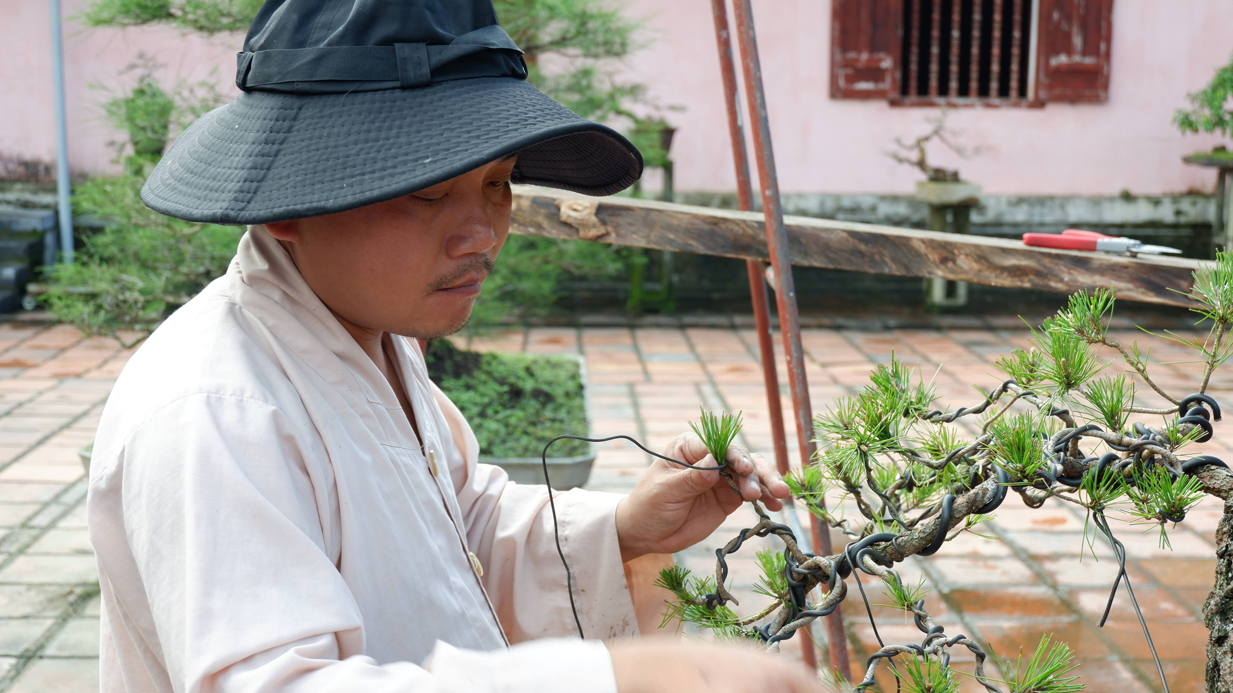 pagoda-of-celestial-lady-hue-vietnam (7)