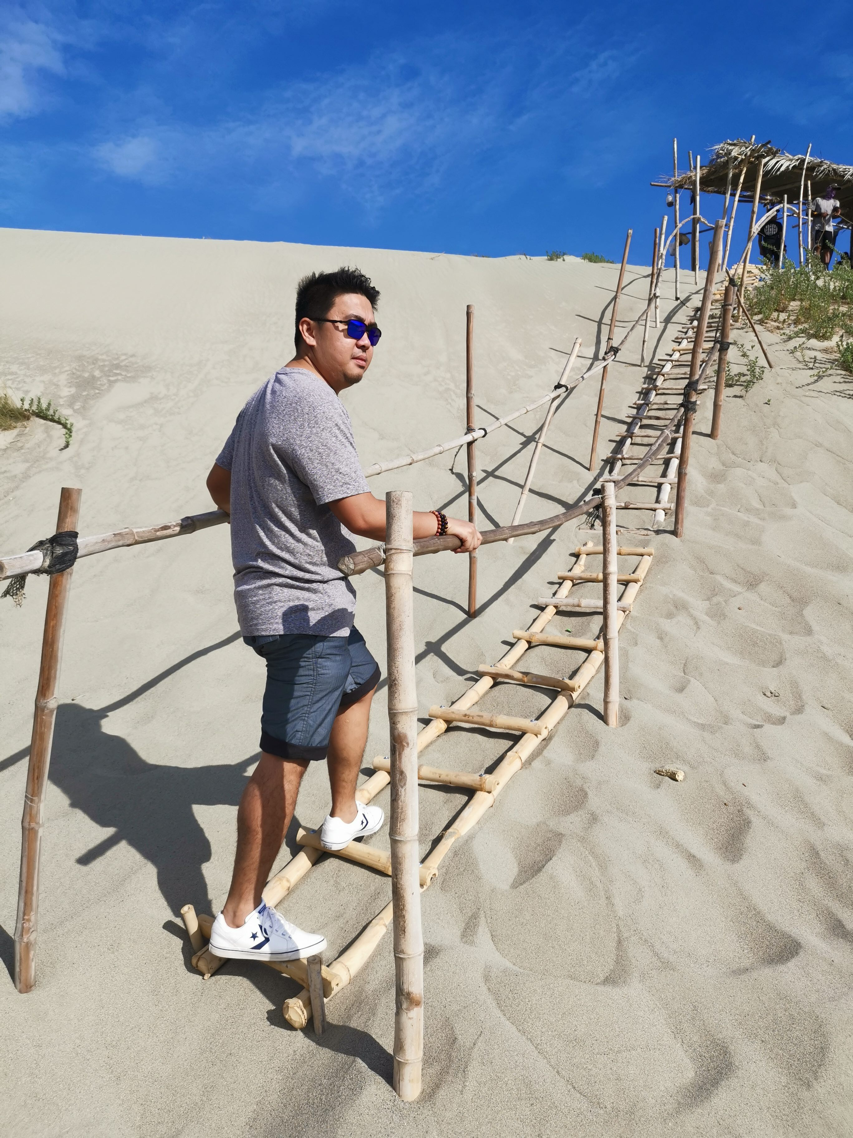 paoay-sand-dunes-ilocos-norte (11)