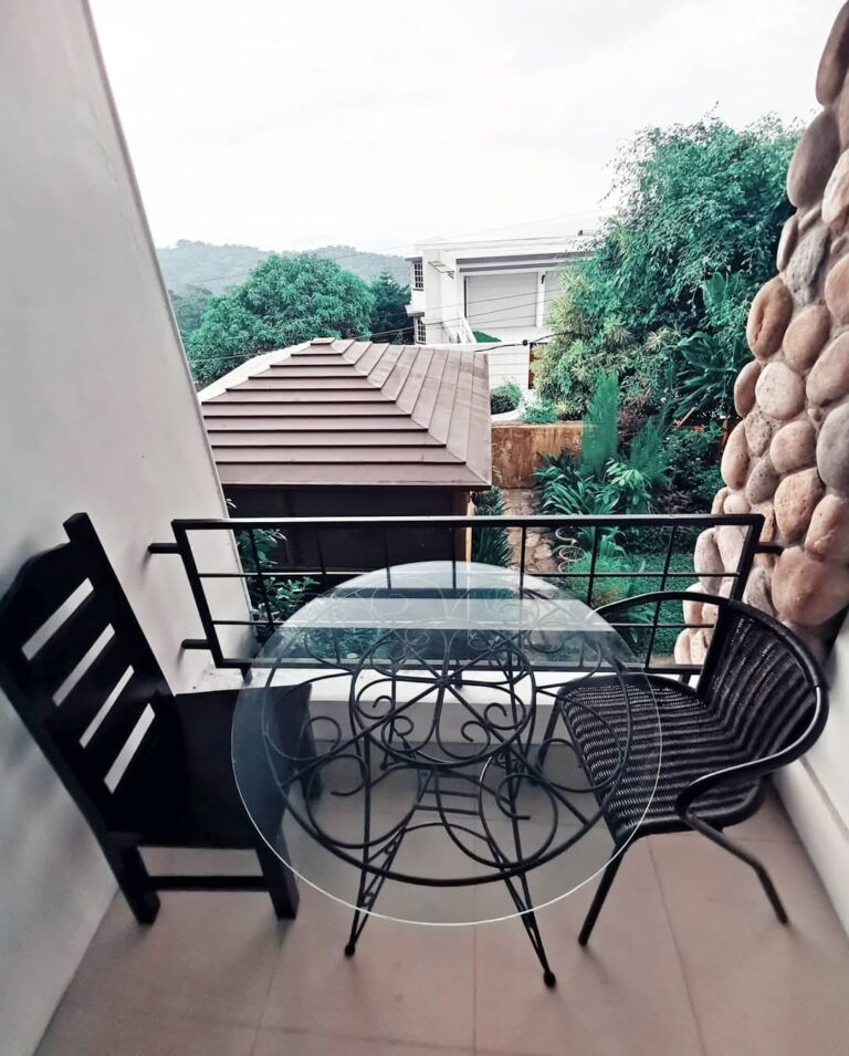 reddoorz-plus-the-ridge-tagaytay-staycation (31)