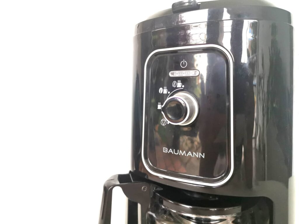 baumann-grind-brew-coffee-maker