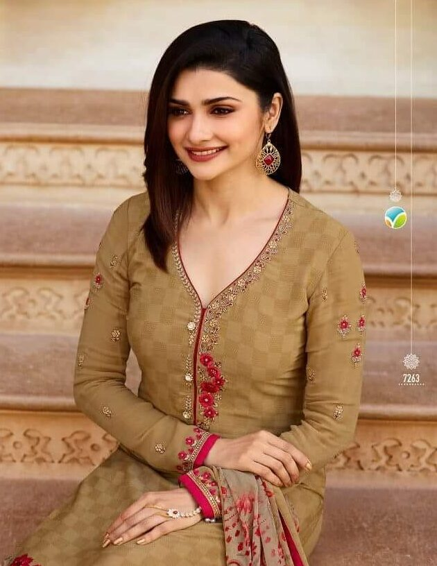 Prachi Desai Style New Fashion Style Heavy Embroidery Salwar Suits with Dupatta