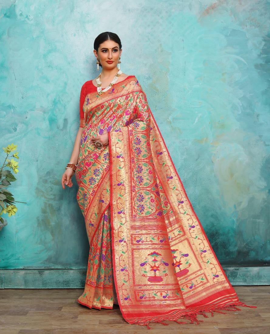 Designer Banarasi Saree for Wedding Online