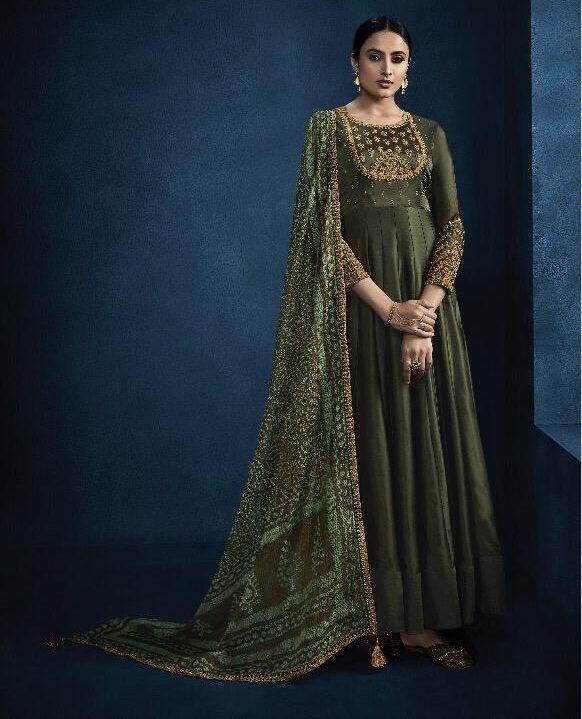 Mugdha Dresses Heavy Dupatta Mehndi Colour Suit Combination