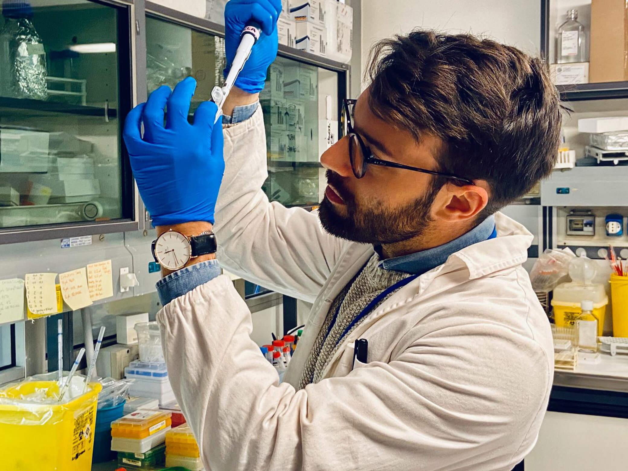 Togliamo-energia-al-tumore-ricercatore-2