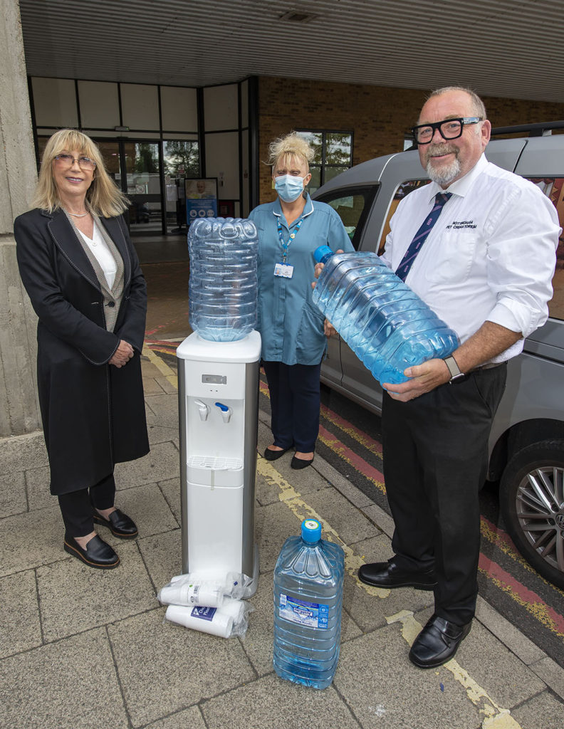 Cool donation as the Nottingham Pet Crematorium present Ward B58 at The Queens Medical Centre, Nottingham with a new water cooler