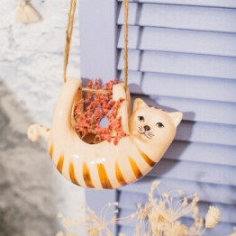 Hanging Cat Planter Lifestyle