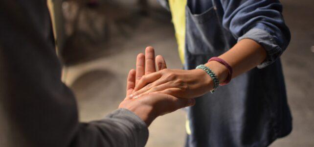 Pedir perdón para mejorar tu bienestar mental