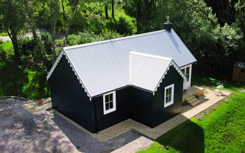 Blue-Cottage-01-800×500