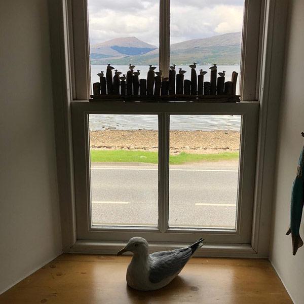 No9-window-loch-fyne-ducks-600×600