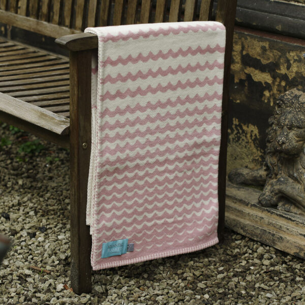 Child Blanket Pink Swell