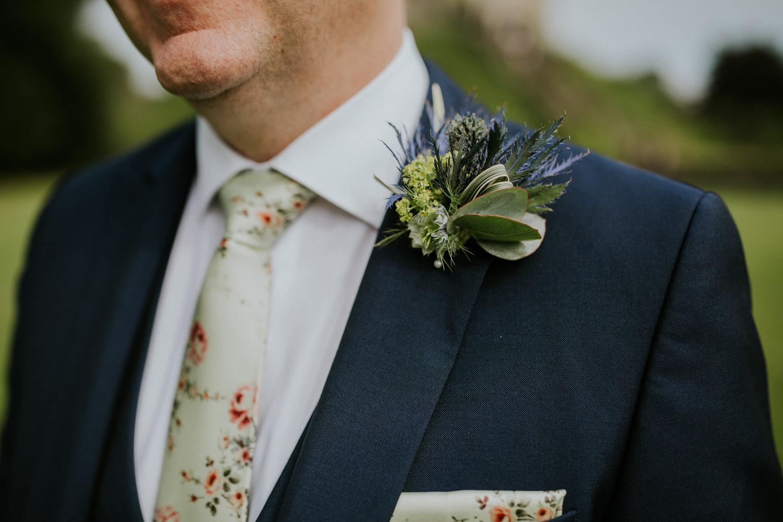 groomsman flower details