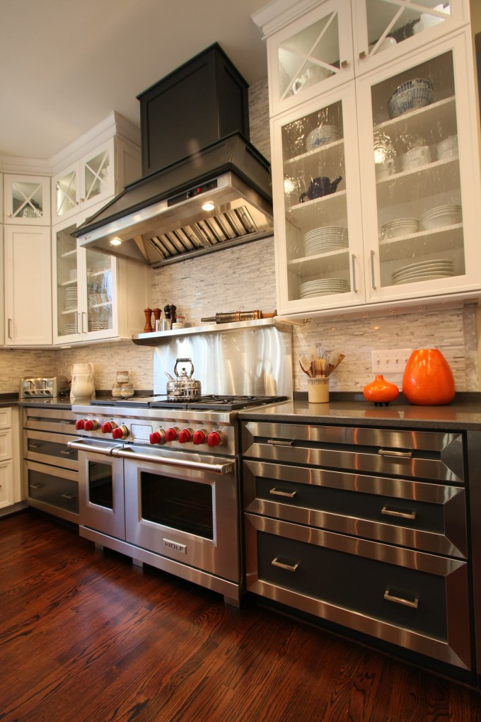 Contemporary Kitchen Cabinets With Range Hood