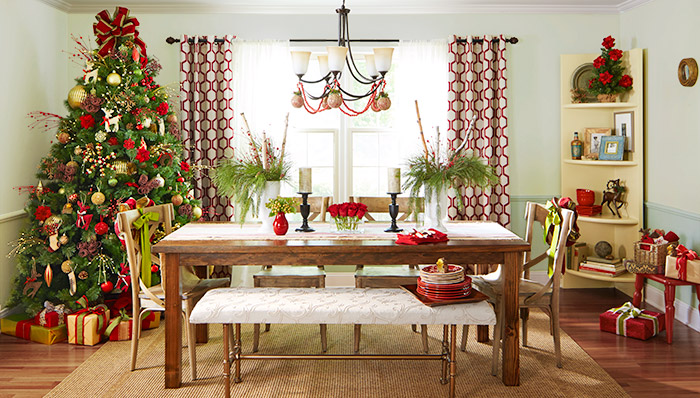 Decor for Holiday Dining
