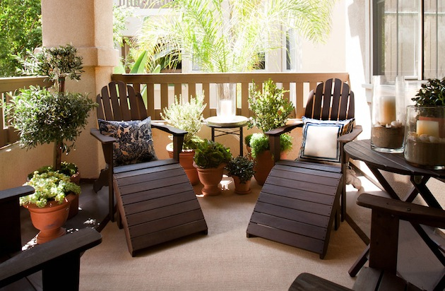balcony-decorating-ideas-as-small-balcony-design-ideas