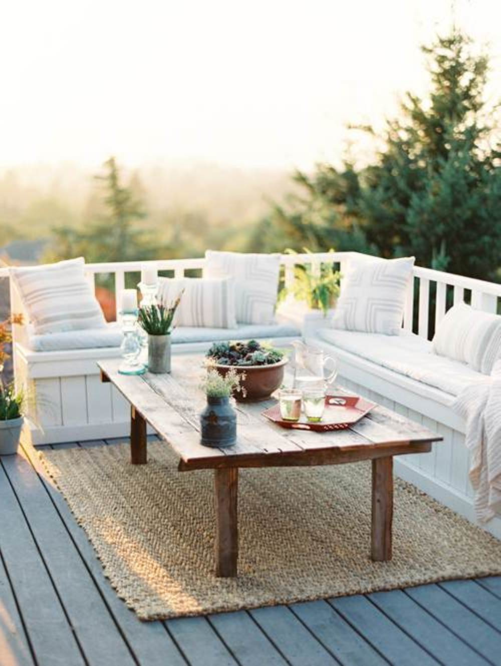 balcony-decorating-ideas-on-a-budget