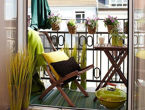 balcony-designs-decorating-with-flowers-plants