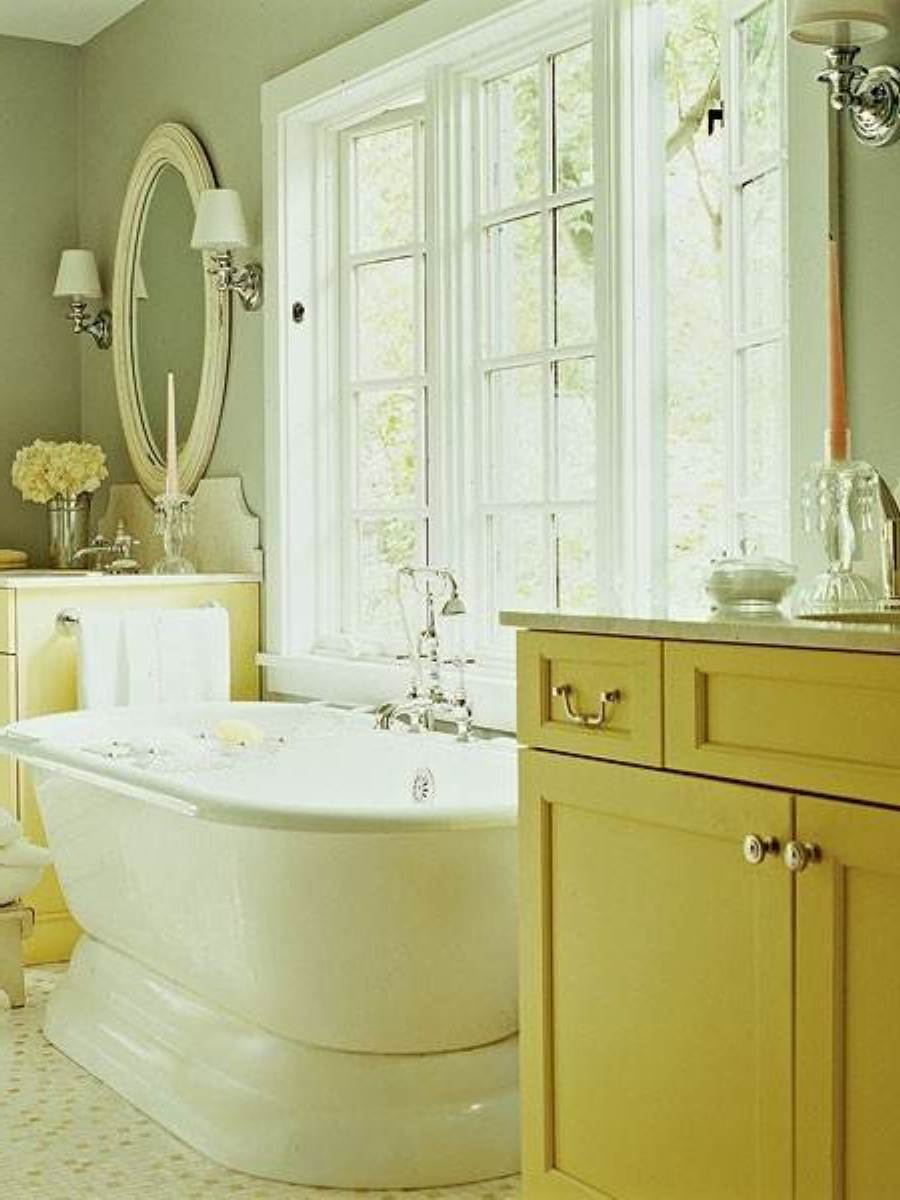 futuristic-traditional-pale-green-bathroom-style