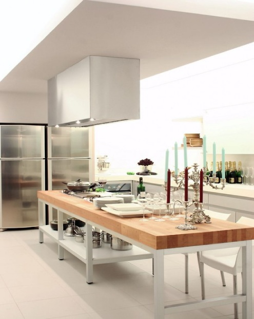 Amazing-Kitchen-with-Kitchen-Island-Integrated-as-the-Kitchen-Bar