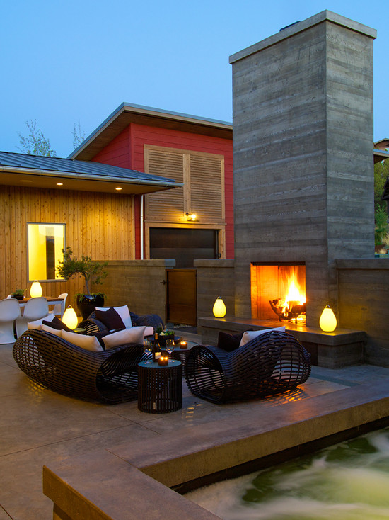 Exciting ideas For Modern Outdoor Fireplace Designs
