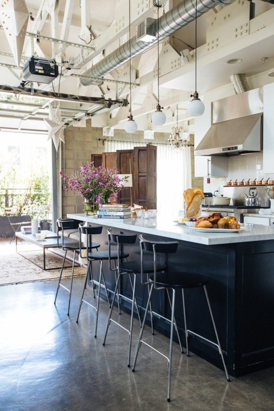 Loft-Style Kitchens We'd Love to Cook In