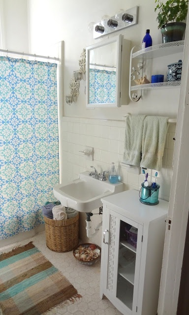 bright-bohemian-bathroom-designs