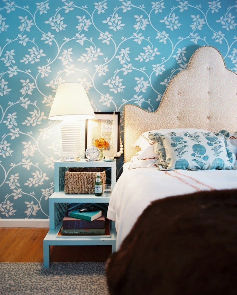 fabulous-blue-walpaper-for-bedroom-with-wooden-nightstand