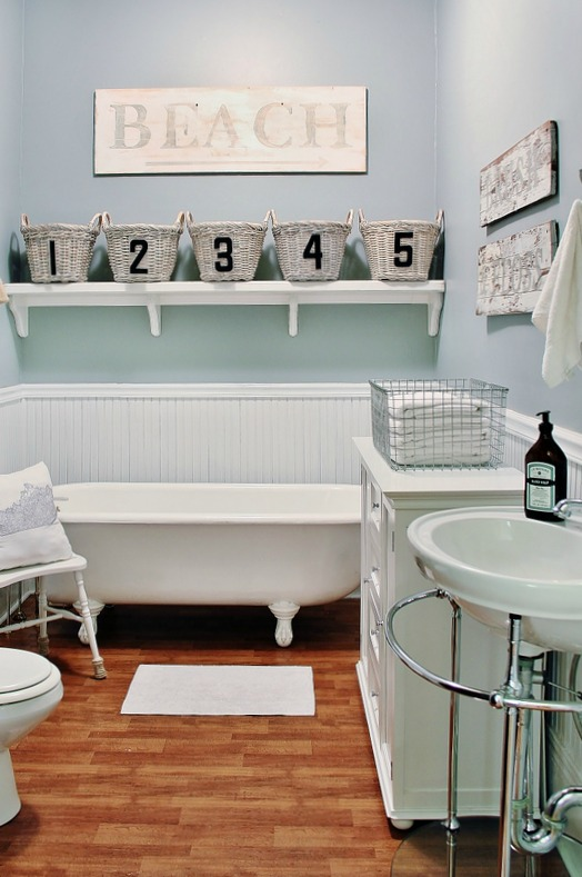 farmhouse-bathroom (4)