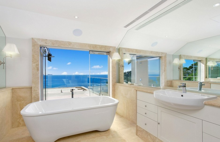 modern-style-beach-inspired-bathroom